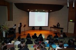 デジタル音楽創作コース「卒業作品展」の様子