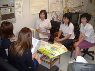 森田公民館の方と仁短祭実行委員の打ち合わせの写真