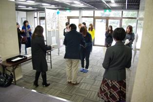 「エコ川柳コンテスト」表彰式の様子写真