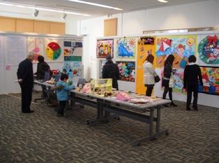 「幼児教育学科発表会」製作展示の様子